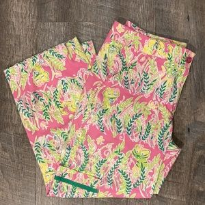 Lilly Pulitzer pink tropical capris pants size 4